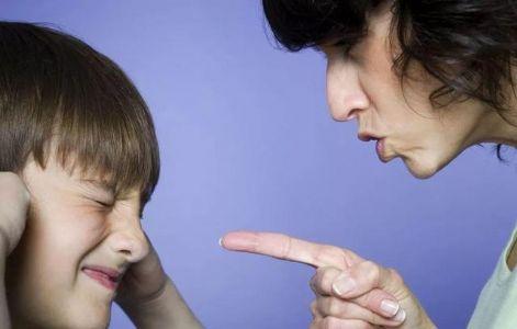 控制不住吼孩子?别等吼完才后悔,这5个方法拿去用,简单又有效