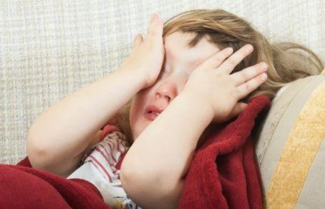 3岁后,如果孩子缺少安全感会有这些表现